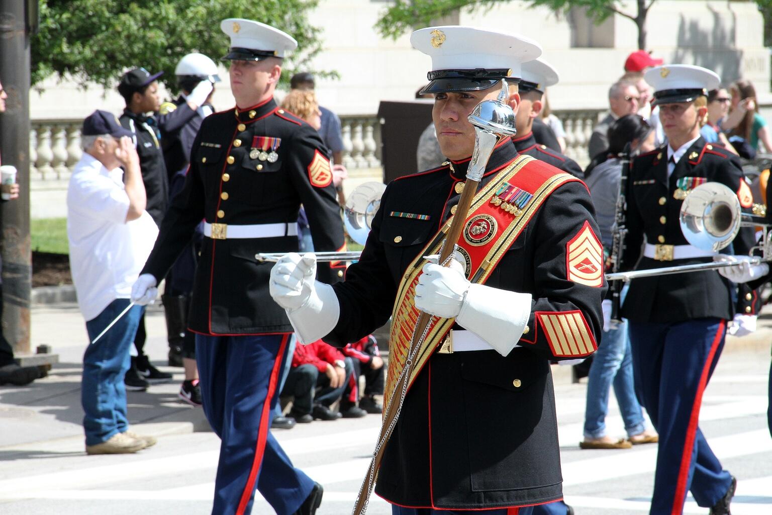 Marine_marching